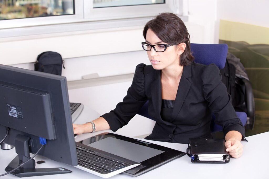 Офис-менеджер, делопроизводство
